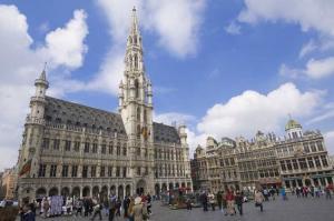 Du Lịch Bỉ Khám Phá Quảng Trường Grand Place Brussels