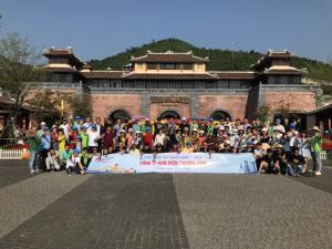 Tour Du Lịch Khách Đoàn Đà Nẵng - Công Ty Nam Dược Phương Nam