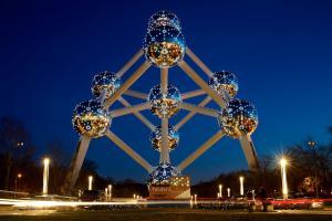 Atomium - Công Trình Biểu Tượng Của Nước Bỉ