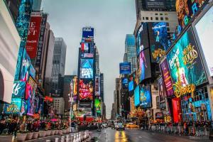 Quảng Trường Thời Đại Time Square Ở New York