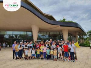 Đoàn Gia Đình Tham Gia Tour Bình Châu Âu - Hồ Cốc
