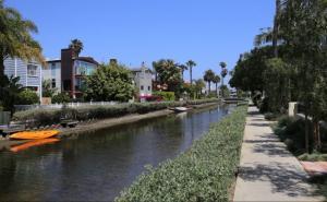 Đến Mỹ Thăm Kênh  Đào Venice Lãng Mạn
