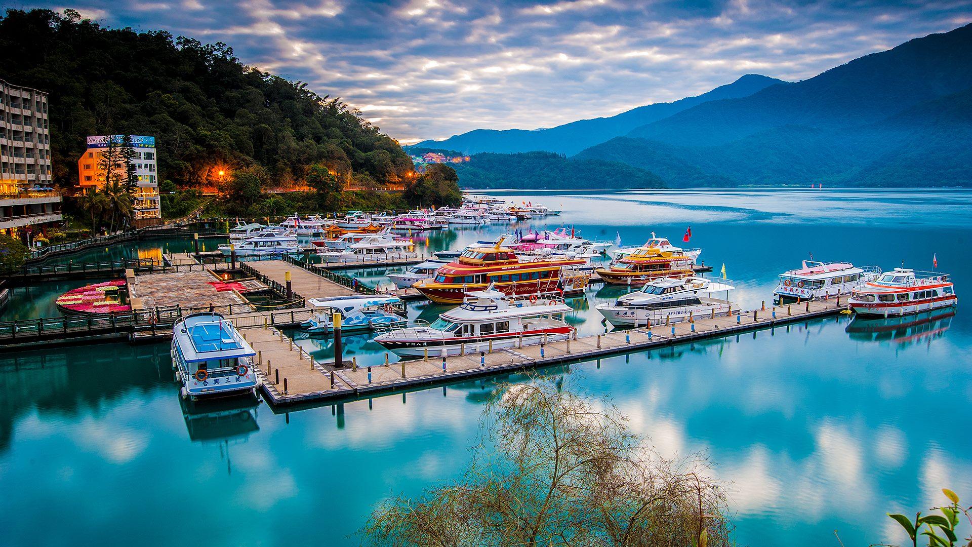 Tour Du Lịch Đài Loan 4 Ngày 3 Đêm: Cao Hùng - Đài Trung - Nam Đầu - Đài Bắc