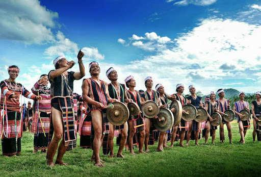 Chương trình Biểu Diễn: Công Viên Đồng Xanh -  Âm Vang Công Chiêng Tây Nguyên