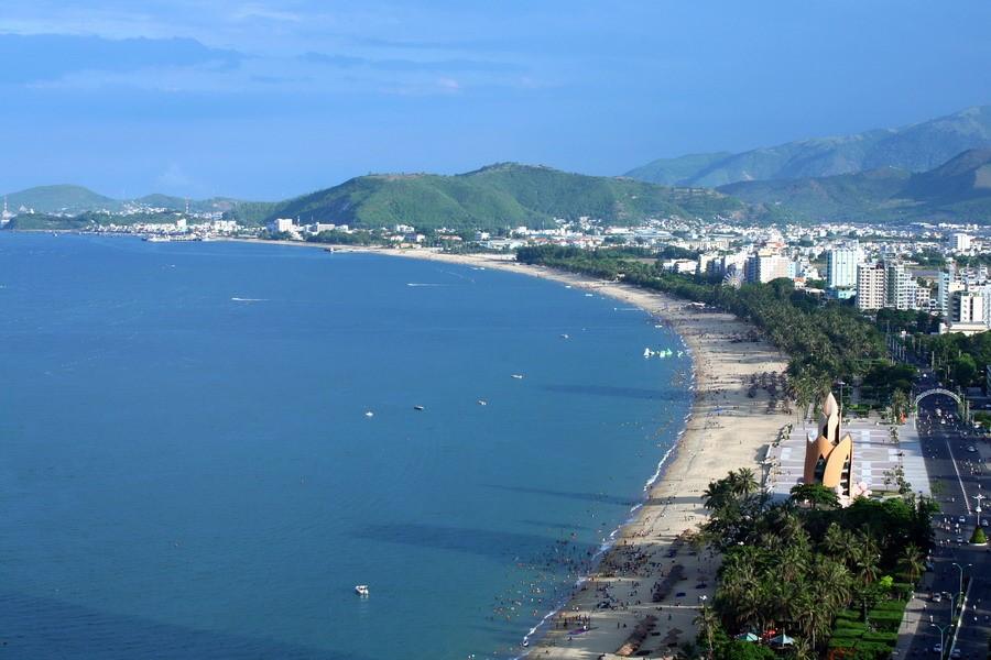Bãi biển ở Nha Trang