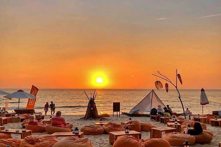 Bà Kèo Beach – SUNSET BAR