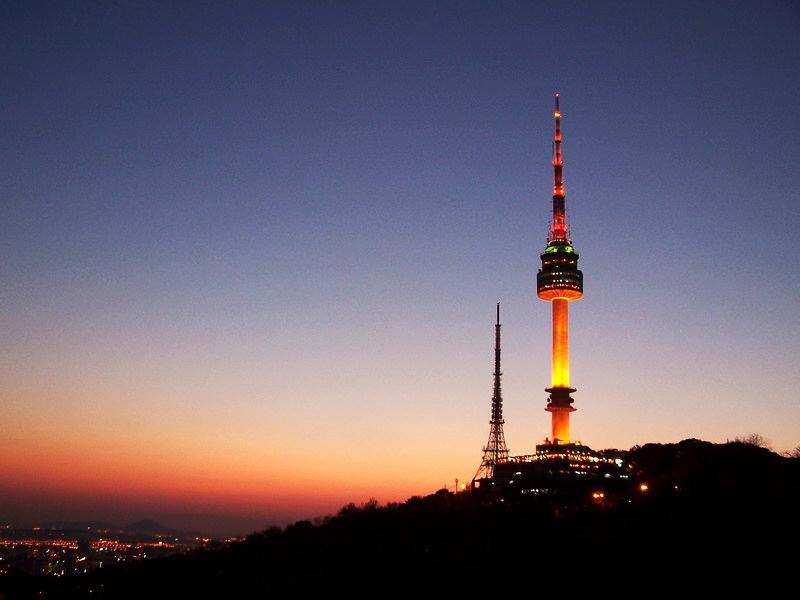 Tháp N seoul - Hàn Quốc