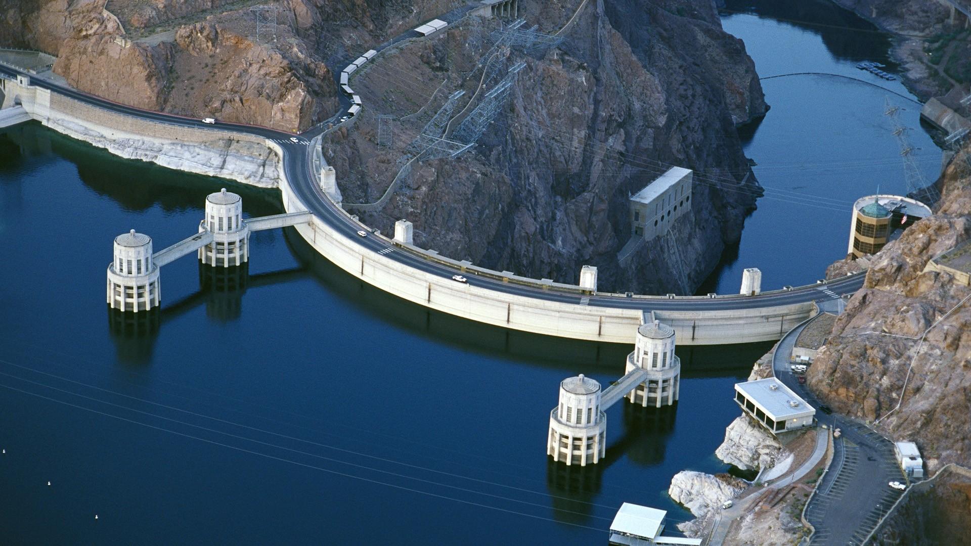 Đạp thủy điện Hoover Dam