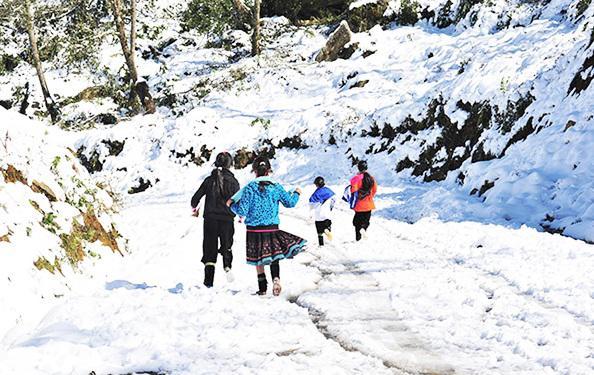 Du lịch mùa đông Sapa có thể có tuyết rơi với khung cảnh lãng mạn