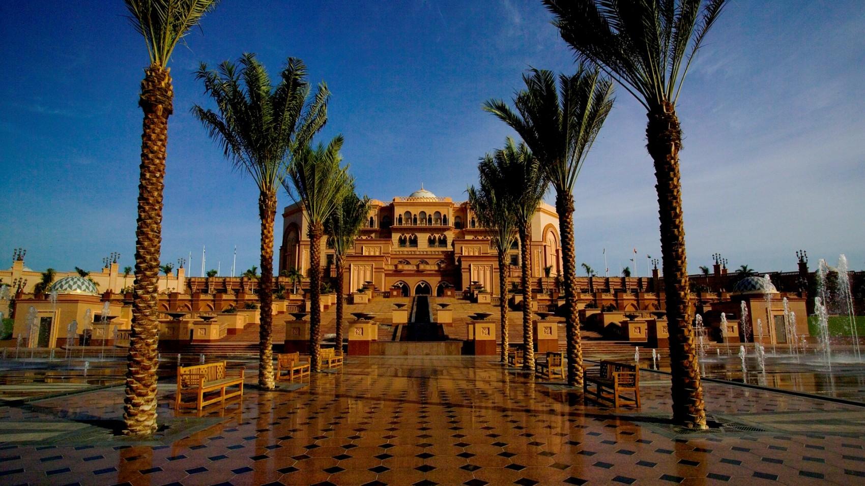 Emirates Palace - Du lịch Dubai