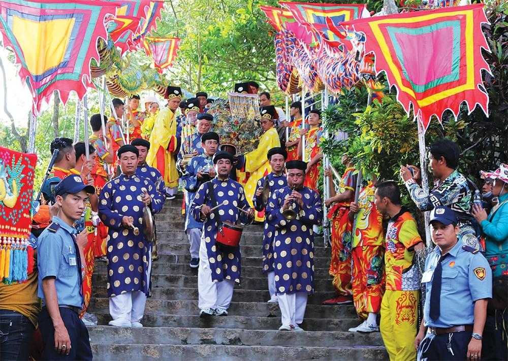 Lễ hội vía Bà Chúa Xứ Núi Sam