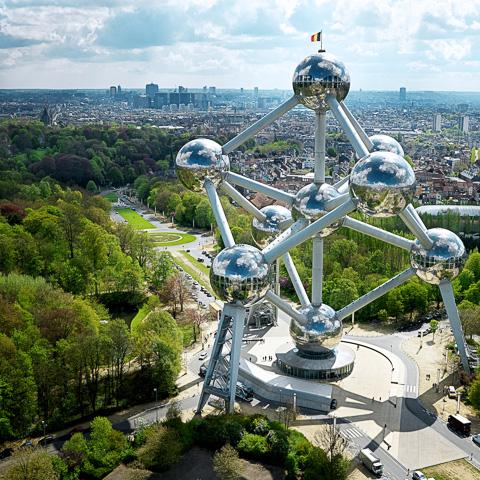 Mô hình phân tử sắt (Atomium) - Du lịch Châu Âu vietourist